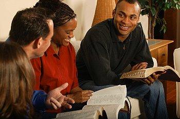 واش الكتاب ديال النصارى بصح كلام الله ؟